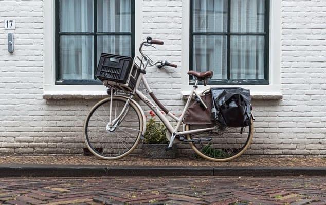 Single-Speed Vs. Geared Bikes (Complete Beginner's Guide!)
